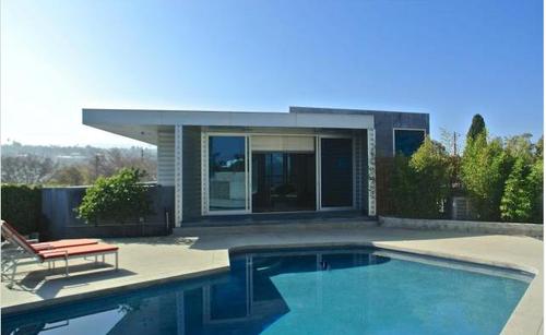 Modern Backyard Torrance