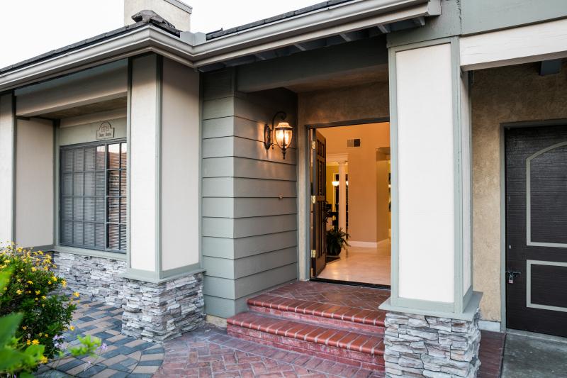 Osage 17825 Entrance 1