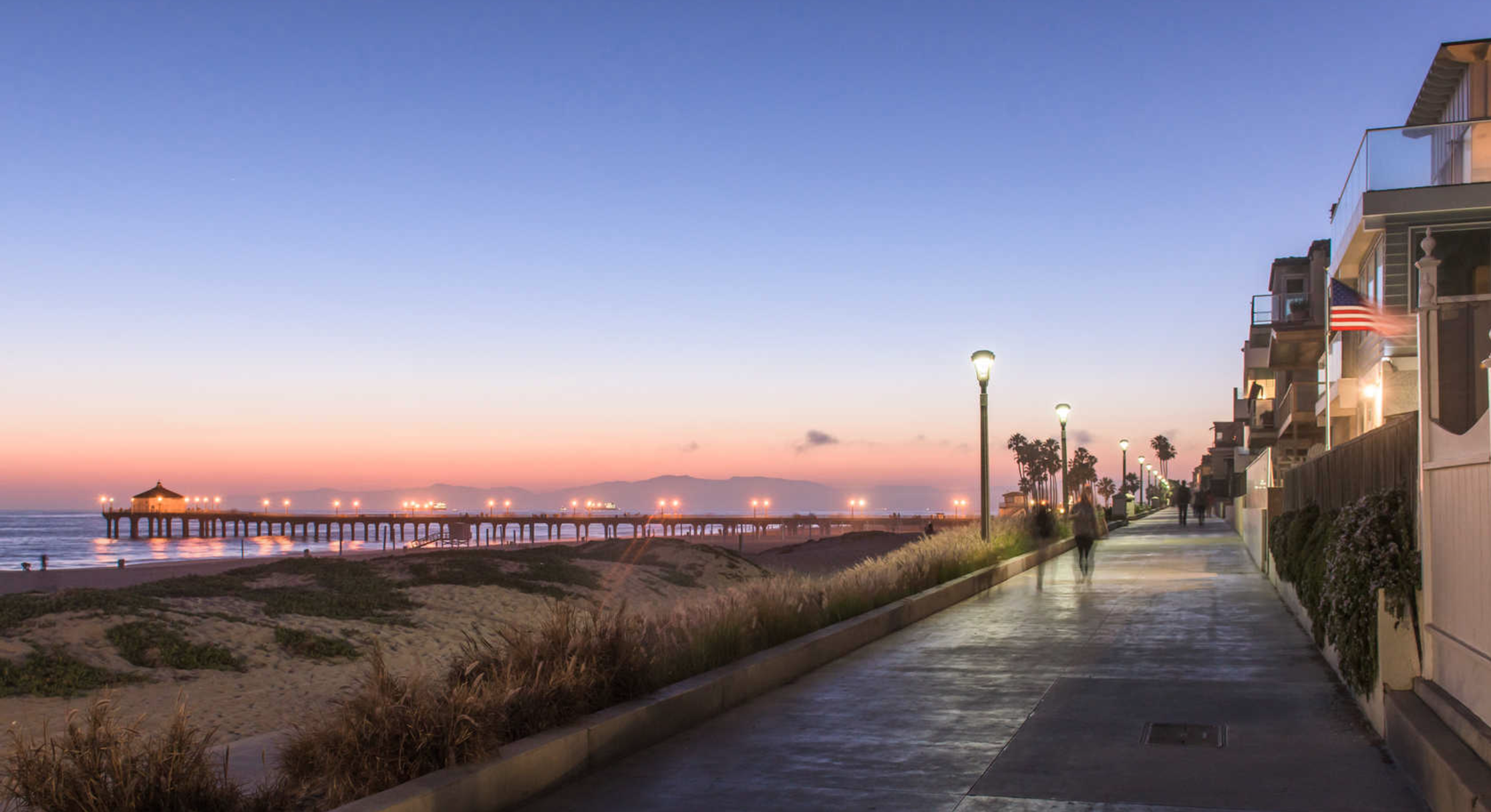 Manhattan Beach Nightime Strand