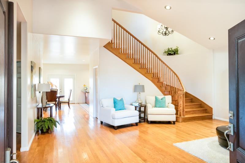 175th 3761 Living Room 3
