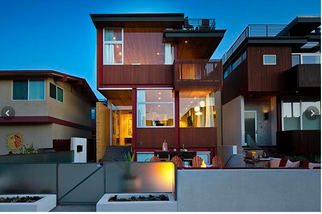 Modern Home on a Hermosa Beach Walkstreet